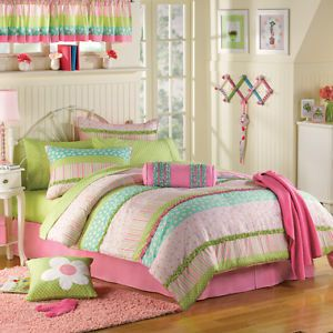 LN from Bed Bath Beyond Girls Cassidy 13 Piece Twin Super Set Bed in A Bag