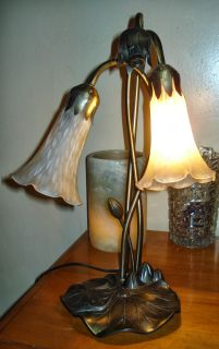 "Tulip ""Tiffany Style"" Lily Pad Lamp 2 Ruffled Lampshades Bedside Table Lamp"