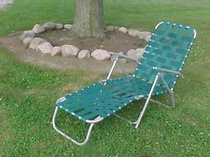 Retro Aluminum Folding Webbed Lawn Chair Chaise Lounge