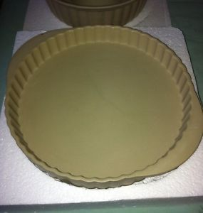 Set of 2 Stoneware Baking Pans Fluted Angel Food Cake Fluted Tart