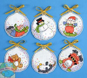 Cross Stitch Kit Design Works Snowglobe Bubbles Xmas Ornaments PC 1668