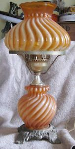 Vintage Hedco 3004 Apricot Hurricane Art Glass Table Lamp