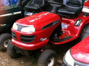 Craftsman DLT 3000 Tractor Ride on Lawn Mower 25HP V Twin