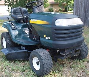 "Craftsman LT1000 18 HP Briggs 42"" Cut Lawn Tractor Riding Mower"