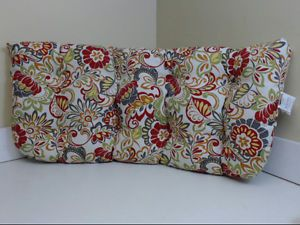 Pillow Perfect Indoor Outdoor Multicolored Modern Floral Wicker Loveseat Cushion