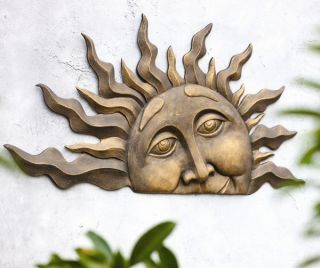Rising Sun Face Wall Hanging Indoor Outdoor Sunburst Garden Plaque Decor 28""