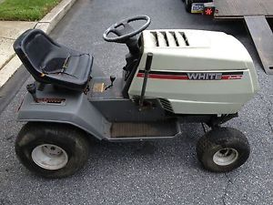 "White LT18 Riding Mower Lawn Garden Tractor Briggs 42"" Deck"