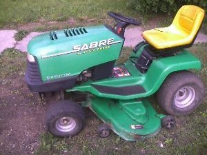 John Deere Sabre Rider Riding Mower Lawnmower Tractor 15HP OHV Motor 46 Cut Deck