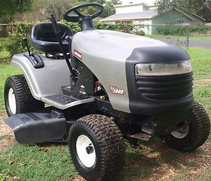 "2007 Craftsman LT2000 17 5 HP Briggs 42"" Cut Lawn Tractor Riding Mower"