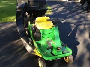 John Deere GX85 Riding Lawn Mower w Double Bagging Attachment Bags Cart