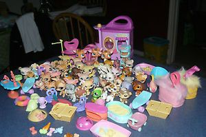 Littlest Pet Shop Animals Cat Dogs Fish Beds Baskets Food Hats Bowl Huge Lot LPS