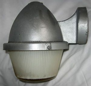 Vintage Large Wall Mount Industrial Outdoor Yard Light Lamp by The Art Metal Co