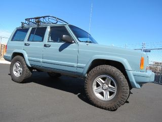 2001 Jeep Cherokee Sport 4x4 Lifted Custom Built and Paint Runs Great XJ 4 0 6CL