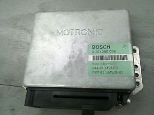85 89 Porsche 944 924 ECU ECM PCM Engine Computer 0 261 200 086 944 618 121 05