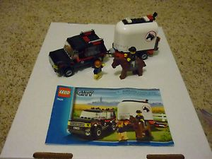 ★★★ Lego City Farm 7635 4WD Truck w Horse Trailer and Manual ★★★
