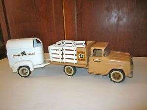 Vintage 1960's Tonka Farms Rack Stake Truck w Horse Trailer Used