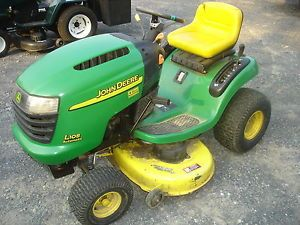 Used John Deere L108 Lawn Tractor Engine Is Locked Good for Parts Only