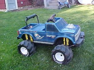 Bigfoot Monster Truck Power Wheels Battery Ride on Pedal Car Vintage Ford 4x4