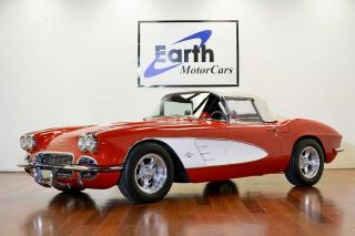 1961 Chevrolet Corvette 4 Speed 350 Crate Engine Daily Driver Holiday Special