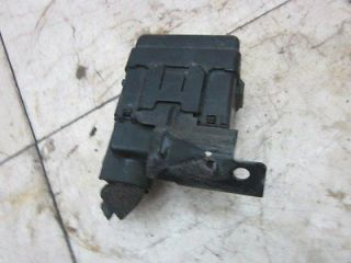 1998 1999 2002 Honda Accord Coupe 2dr 3 0L V6 Engine Small Fuse Relay Box