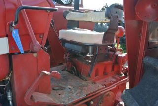 63HP 2WD International Harvester F656 Tractor with Loader and Hay Spear 656 Nice