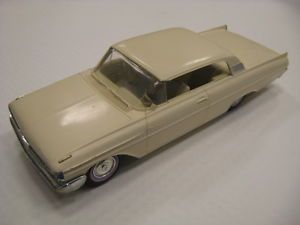 1961 Mercury Monterey White 2 Door Coupe Dealership Promo Model Car NR