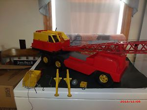 Vintage 1960's Marx Super Crane Construction Toy Truck Lots of Accessories