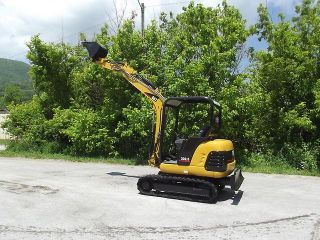 2001 Cat 302 5 Mini Excavator Caterpillar Brand New Engine