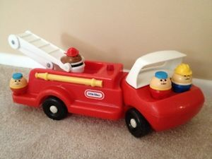 Vintage Little Tikes Red Fire Truck 4 Toddle Tots Fireman Extension Ladder