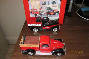 Snap on Working Truck Set 1952 Chevy Pickup 1940 Ford Pickup