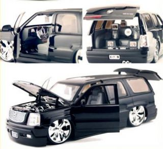 Cadillac Escalade SUV Dub City Diecast 1 18 Scale Black