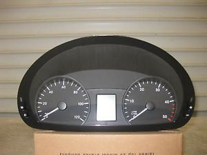 2007 2011 Mercedes Dodge Sprinter Speedometer Cluster A9069005600 New