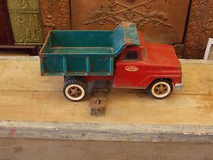 Vintage 13 inch Tonka Toys Dump Truck for Parts or Restoration