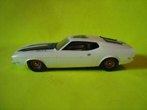 AMT 1971 Ford Mustang Stock Car Built Model Car Kit