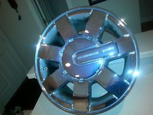 "Hummer H3 16"" Chrome Wheels Set of 4 with Center Caps"