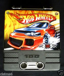 Hot Wheels Yellow Black Orange Flames 100 Car Rolling Carrying Case Carrier