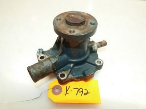 Kubota G5200 HST Tractor D600 14HP Diesel Engine Water Pump