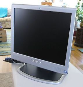 "HP 1730 17"" Flat Screen LCD Computer Monitor DVI VGA Speakers Mint Condition"