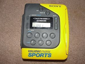 Sony Sports Walkman Wm F2073 FM Am Radio Cassette Player Auto Reverse