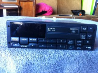 Ford DNR CRO2 Radio Cassette Player Car Truck Van 1991