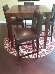 IO Metro Rasal Solid Wood Pub Table Chairs