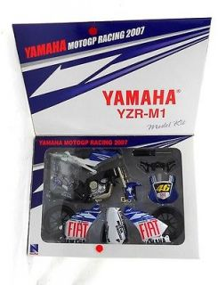 New Ray Model Kit Yamaha YZR M1 2007 1 12 Scale Die Cast 46 Valention Rossi Mew