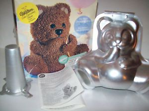 2000 Wilton 3 D Stand Up Cuddly Baby Panda Bear Cake Pan Set 502 518 Instruction