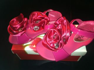 NWB QQ Girls Size 9 Fuchia Hot Pink Apple Satin Flower Sandal with Bling