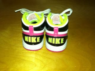 Adorable Nike Toddler Girls Hightop Shoes Neon Pink Green Sz 7c