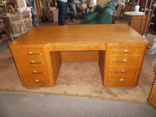 Mid Century 1930s Stow Davis Art Deco Executive Office Desk Machine Age Modern