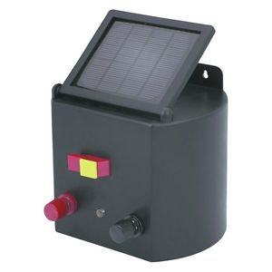 New Solar Powered Electric Fence Charger Horse Cattle