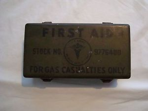 RARE Jeep Vehicle 12 Unit WWII Complete Gas Casualties Metal First Aid Kit