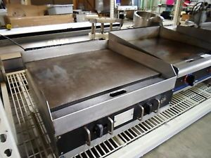 "Star 624T 24"" Countertop Industrial Commercial Restaurant LP Flat Griddle Grill"