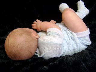 Beautiful Reborn Baby Boy Art Doll Commermorate Royal Prince George of Cambridge
